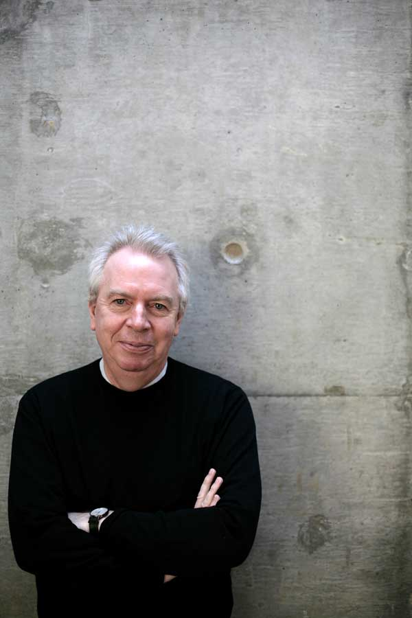 David Chipperfield<br />architect<br />26-01-2010<br />Photograph by Martin Godwin.